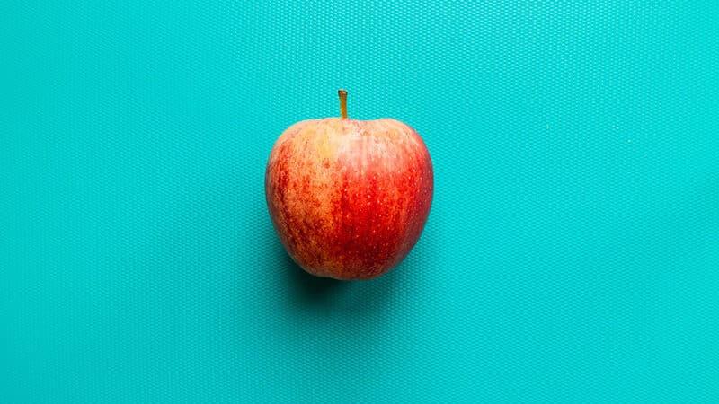 ¿Cuántas calorías tiene una manzana? ¿engorda?