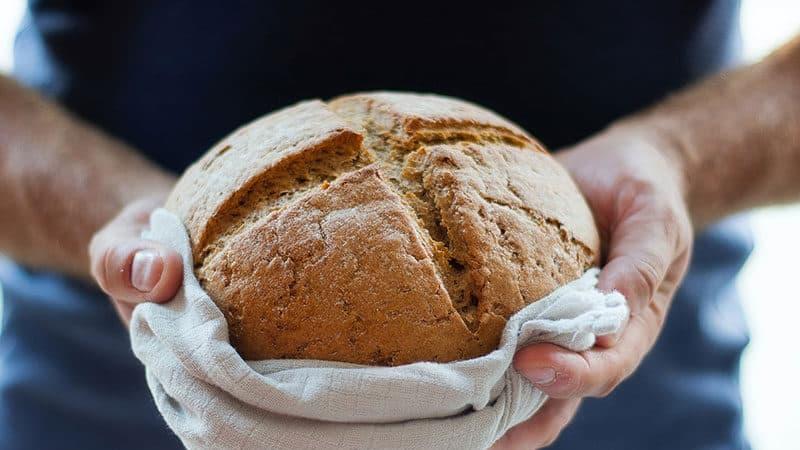 ¿El pan engoda? Calorías del pan